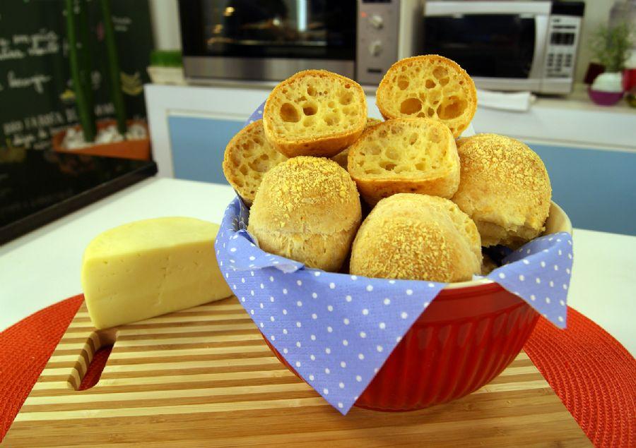 Pão de Queijo com Dois Polvilhos