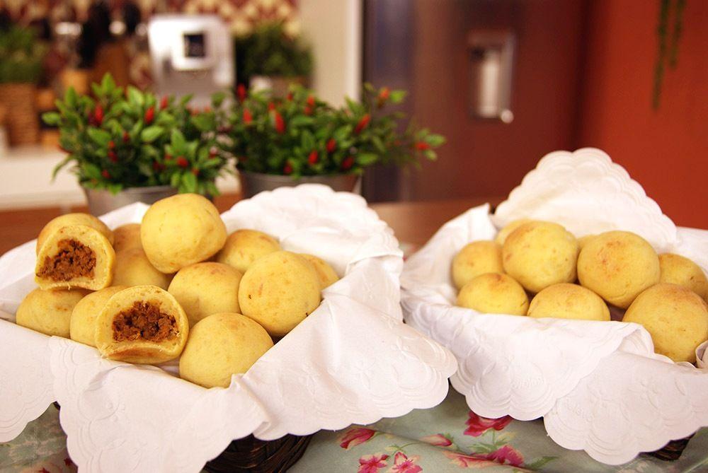 Bolinhos de Mandioca com Carne Moída