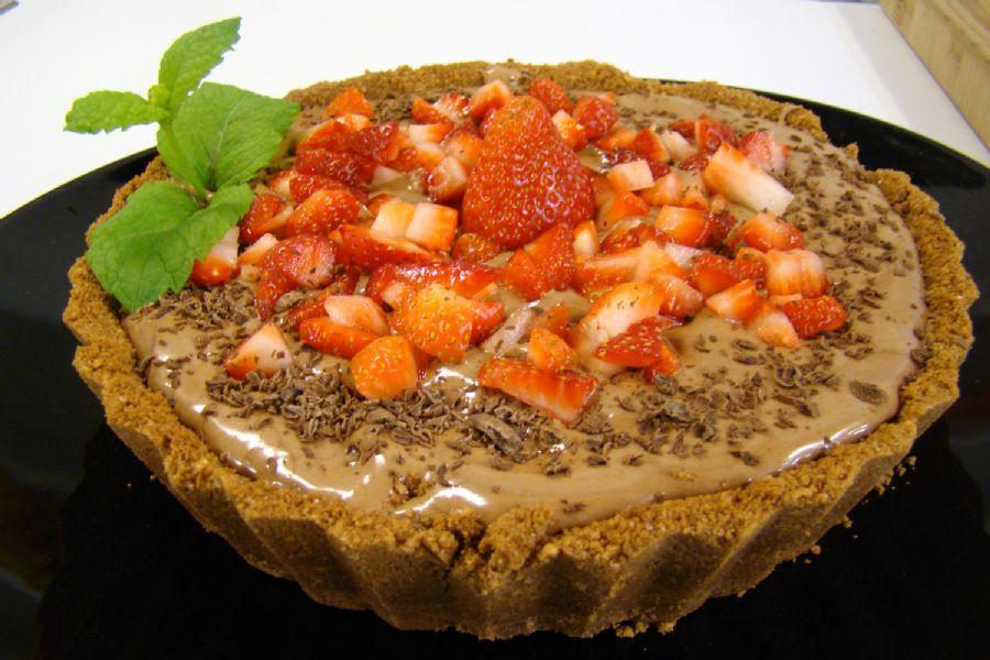 Torta Mousse de Chocolate com Morangos