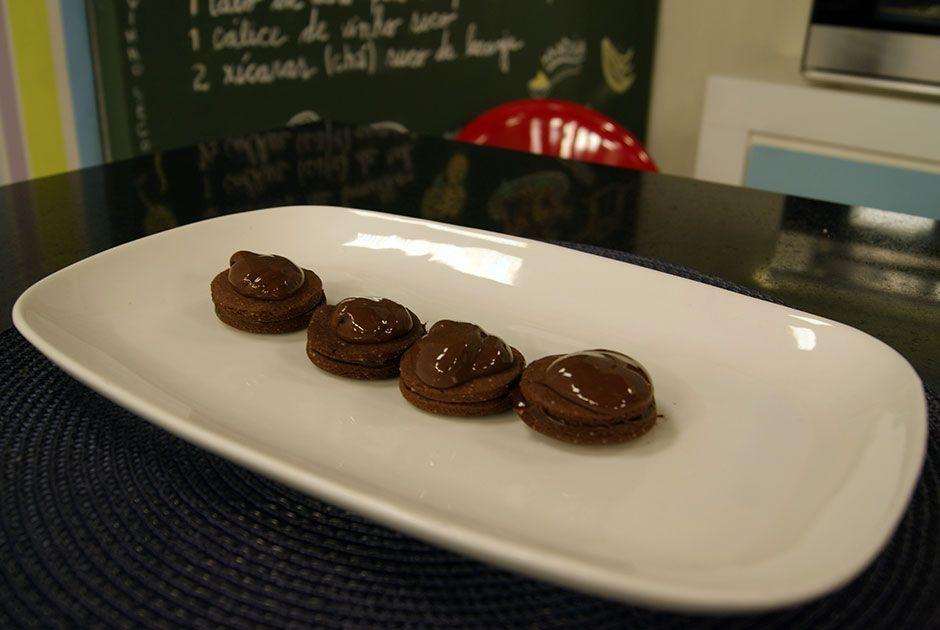 Bolachas Recheadas com Chocolate