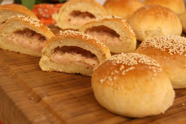 Resultado de imagem para Pão de Batata Recheado
