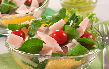 Salada refrescante de blanquet de peru