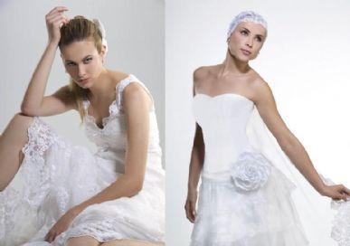 Dois modelos de vestidos com detalhes de renda. Além da renda, os modelos são marcados pela utilização de flores