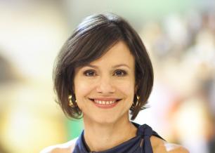 Lorena Calabria comandará a transmissão do Grammy Latino pela Band / Foto: Divulgação
