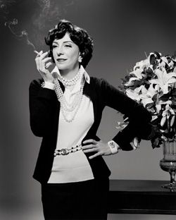 Marília Pêra pode homenagear Coco Chanel na Sapuca¿¿