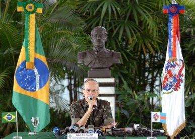 O comandante do Exército faz balanço sobre a situação no Haiti