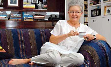 Maria Adelaide Amaral acha novela das 21h um `porre´