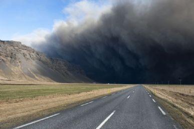 Vulcão Eyjafjoll complicou o tráfego aéreo na Europa
