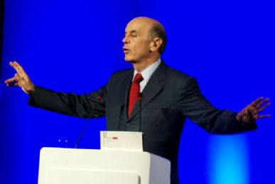 Serra afirmou  que falta gestão e planejamento para o crescimento econômico do país