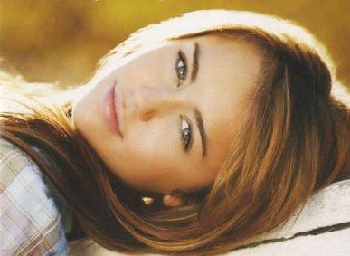 Miley Cyrus vira alvo de polêmica em Twitter de Perez Hilton / Foto: Divulgação