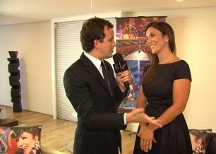 O repórter Rafael Cortez testa as habilidades como dona de casa de Ivete Sangalo