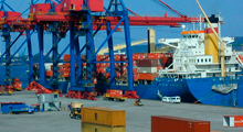 Alta do dólar favorece exportações brasileiras