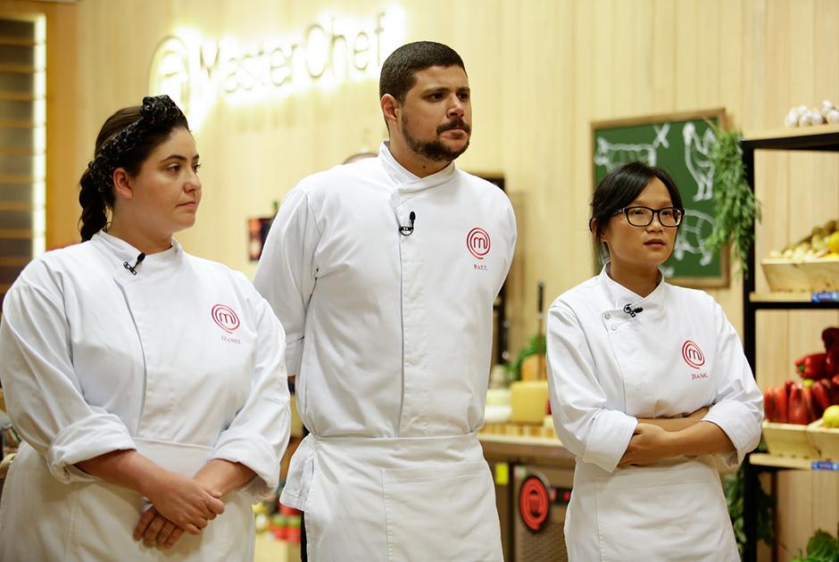 Jacquin escolhe ingredientes para pratos de Jiang, Izabel e Raul