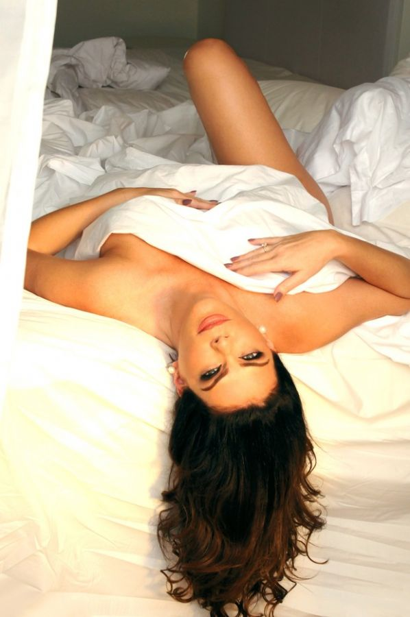 Gisele Fraga faz ensaio sensual aos 42 anos