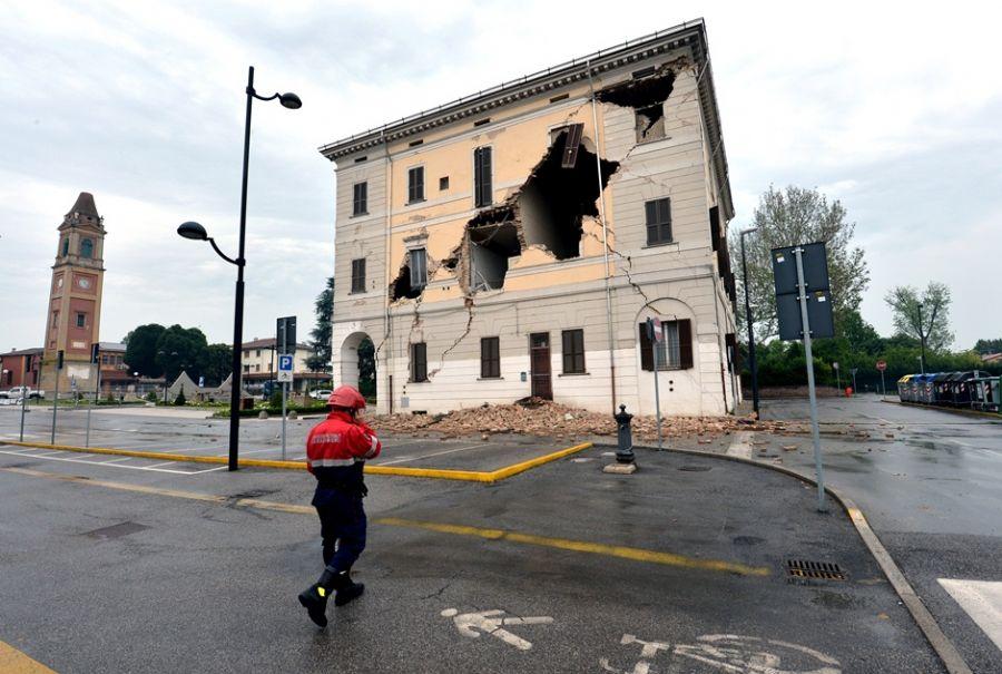 Imóveis ficaram comprometidos após terremoto na Itália / Giuseppe Cacace/AFP
