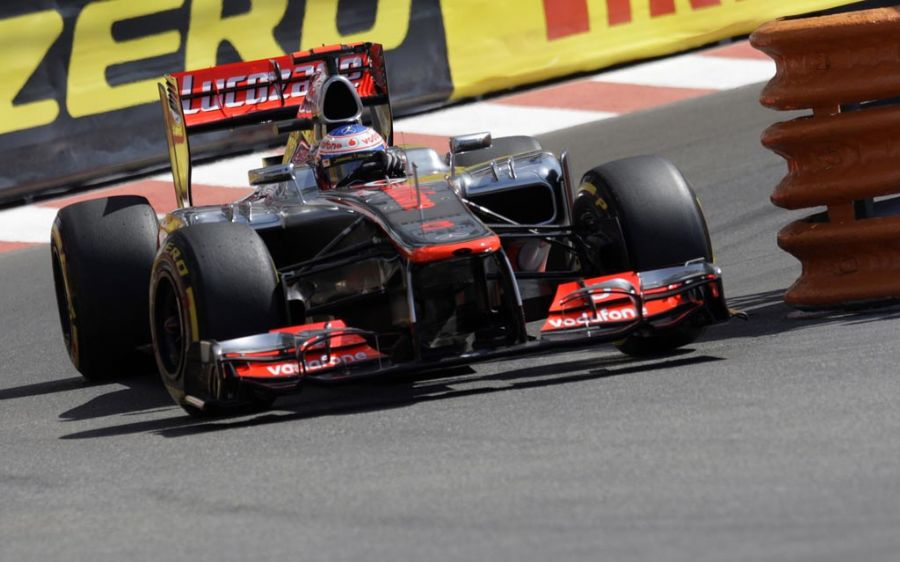 Button, da McLaren-Mercedes, acabou 0s392 à frente de Romain Grosjean / Jean-Christophe Magnenet/AFP