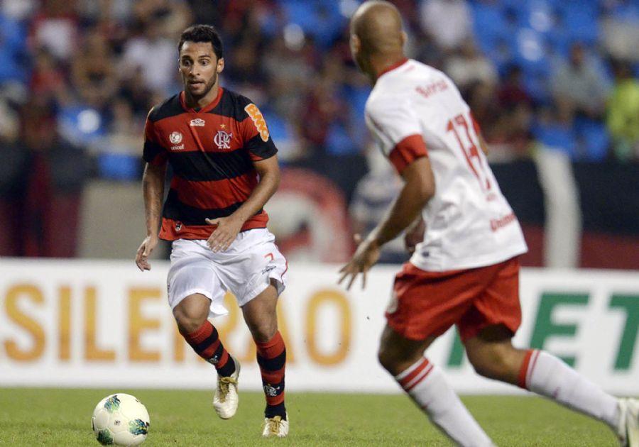 Ibson reestreou pelo Flamengo neste sábado no empate contra o Inter / Alexandre Loureiro/Vipcomm