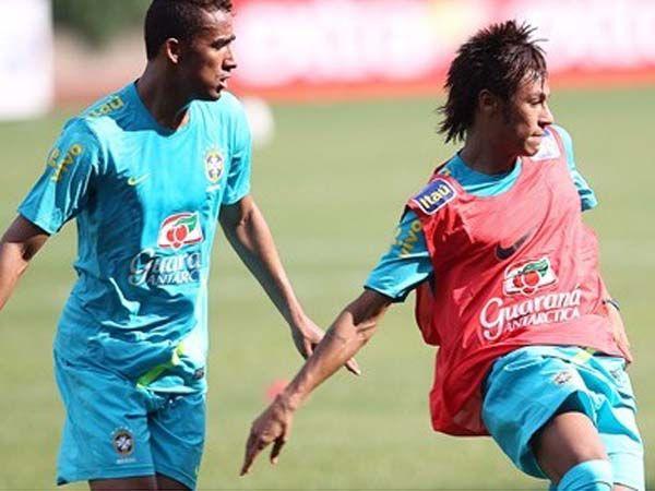 Neymar é a novidade do Brasil diante dos Estados Unidos nesta quarta-feira / Ricardo Stuckert/CBF