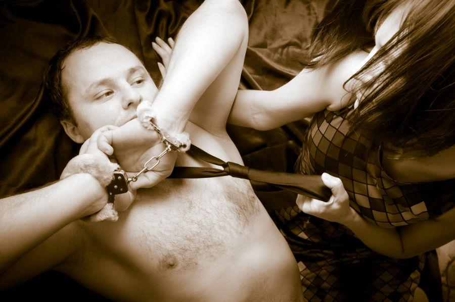 Conheça as principais fantasias sexuais femininas / Shutterstock