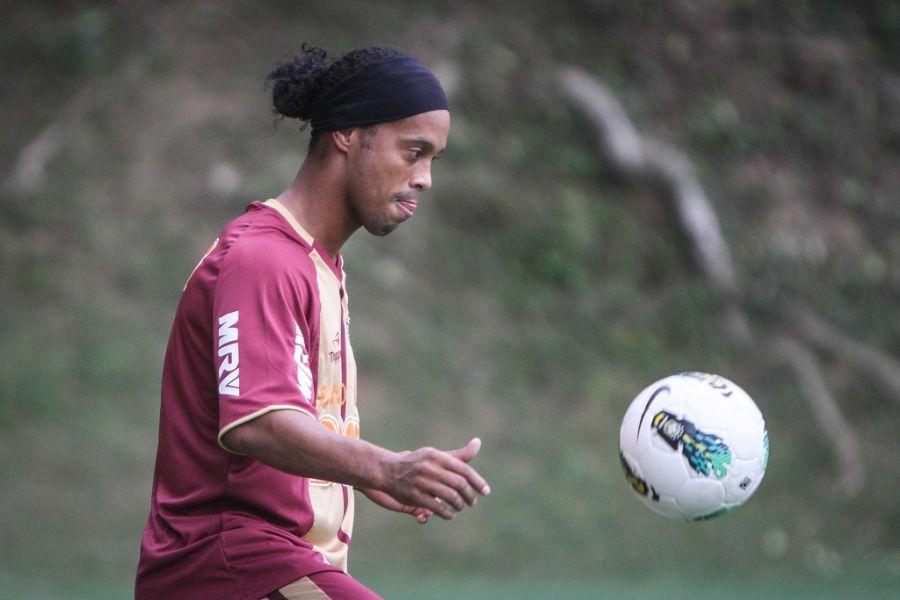 Ronaldinho nos treinos do Atlético-MG
