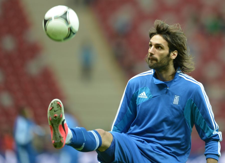 O atacante Samaras é um dois jogadores mais conhecidos do elenco grego / Aris Messinis/AFP