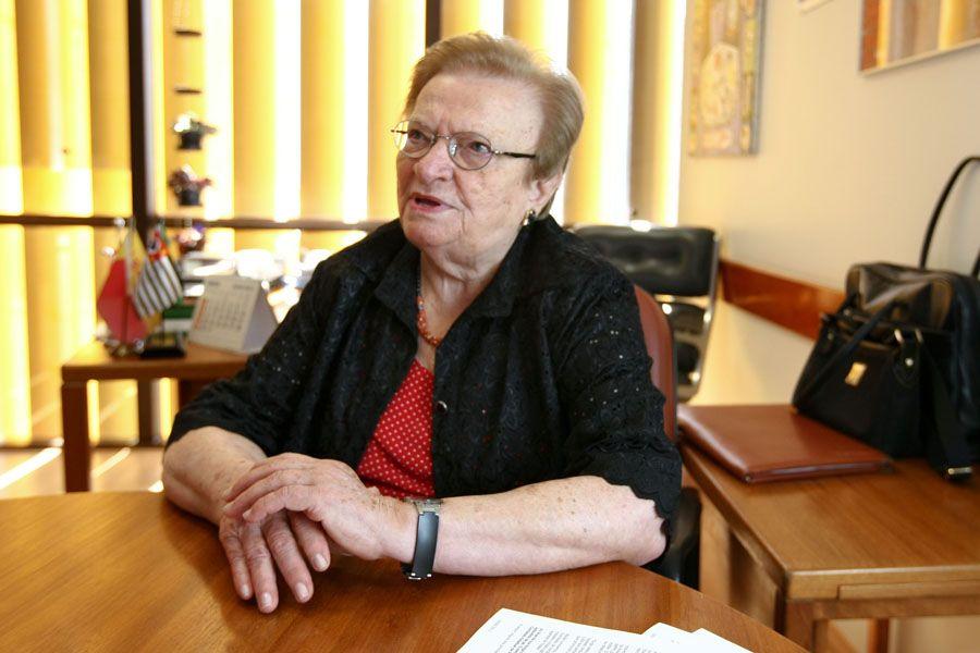 Erundina prometeu ajudar Haddad em SP / Sérgio Lima/Folhapress