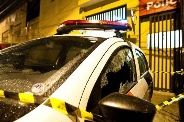 Uma viatura foi alvo de ataque de criminosos na zona sul de São Paulo