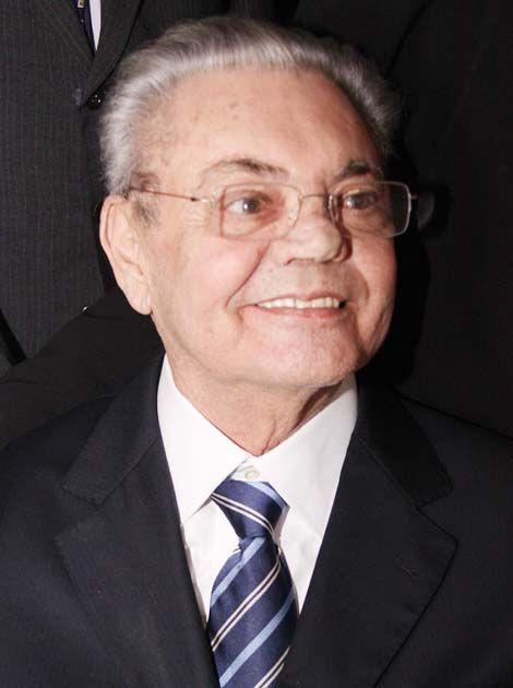 Ronaldo Cunha Lima lutava contra um câncer de pulmão desde o ano passado / Divulgação