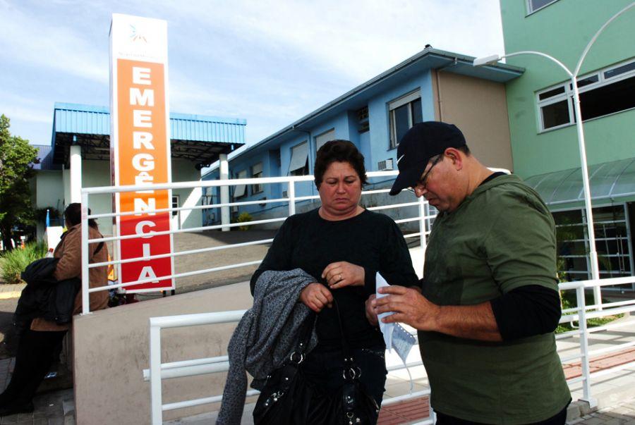 Nora e filho da idosa denunciaram erro médico / RBS/ Folhapress