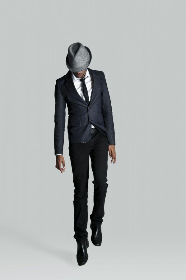 Calça skinny nos homens pode ser um grande problema / Shutterstock