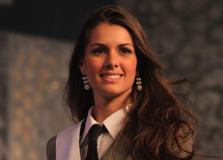 Rafaela Butareli vai passar sua coroa no dia 11 de agosto