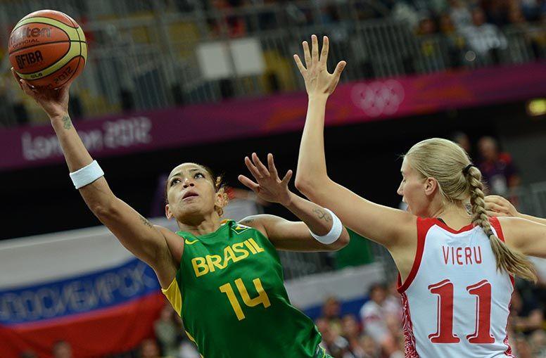 Meninas do basquete perdem a segunda