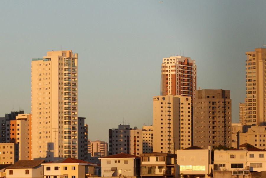 Integrantes da classe C têm como prioridade se mudar para casas melhores / Léo Barrilari/ Frame/ Folhapress