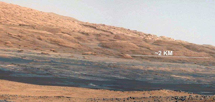 Superfície marciana fotografada pela curiosity