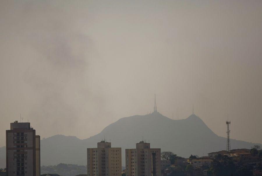 Clima seco concentra poluentes em São Paulo / Adriano Vizoni/Folhapress