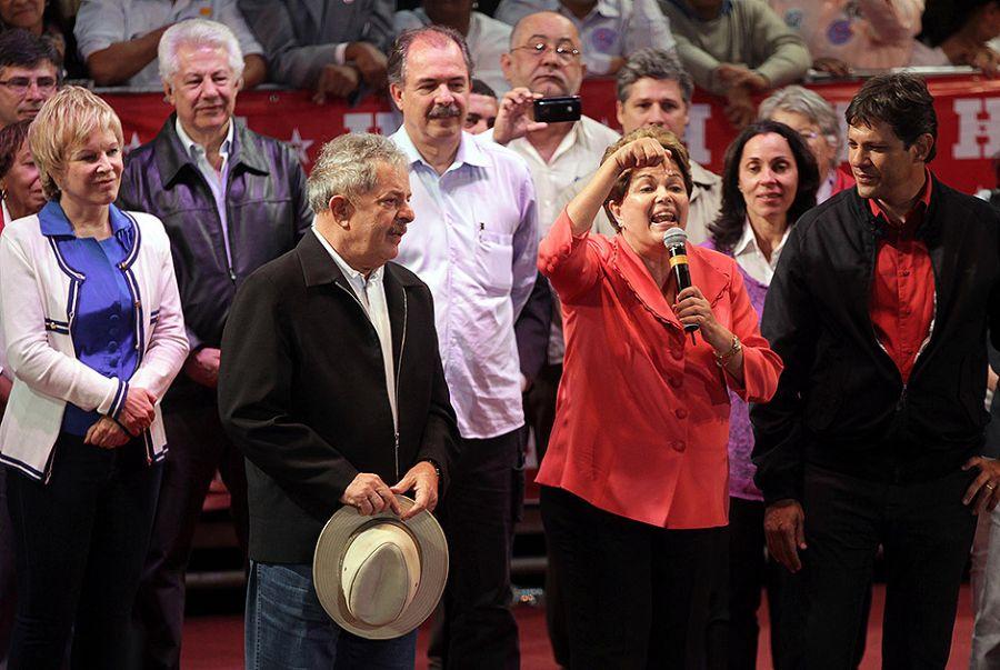 """""""Se Dilma não caísse, o PT corria o risco de governar por 24 anos"""", diz Lula sobre impeachment"""