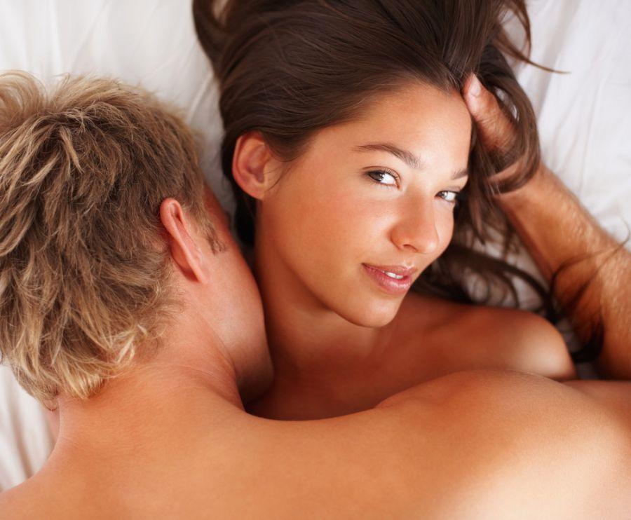 Novidade na cama pode significar que ela aprendeu algo fora de casa / Shutterstock