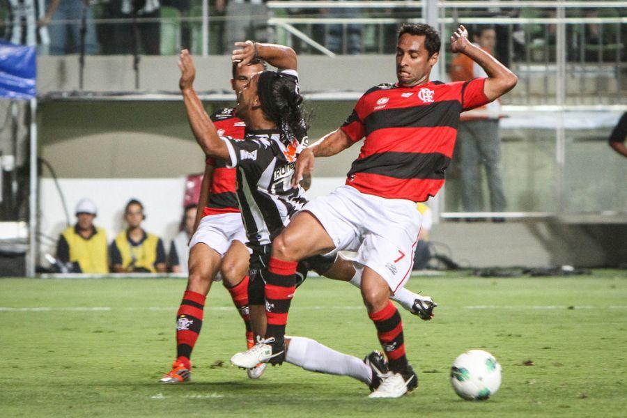 Ronaldinho  e Flamengo podem fazer acordo na Justiça / Bruno Cantini/Site Atlético-MG