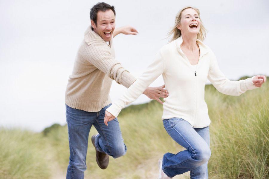 Homens procuram carinho, sexo e companheirismo / Shutterstock