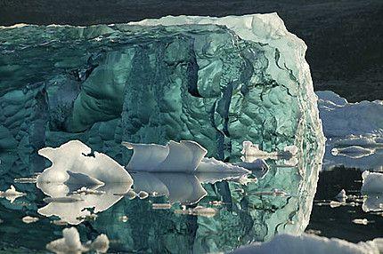 Cerca de dois terços dos degelos ocorreram na Groenlândia; o restante na Antártida / Divulgação/Greenpeace