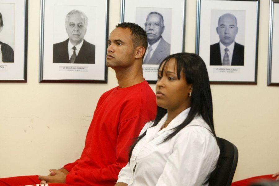Bruno e Dayanne tiveram seus julgamentos adiados para o dia 4 de março de 2013 / João Godinho/O Tempo/Folhapress