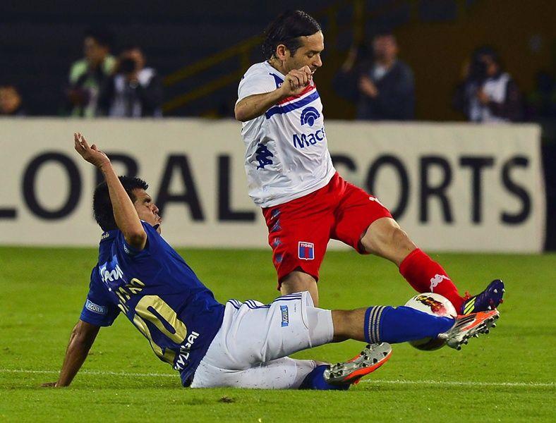Tigres e Millonarios ficaram na igualdade nesta quinta-feira / Luis Acosta/AFP