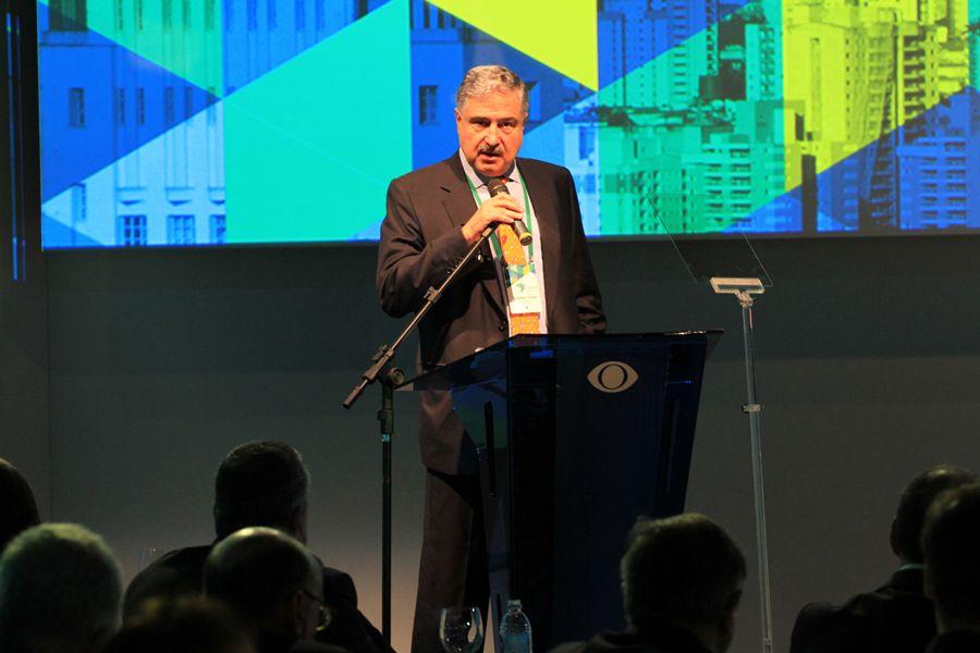 João Carlos Saad, presidente do Grupo Bandeirantes, durante discurso / Rodrigo Belantani/Band