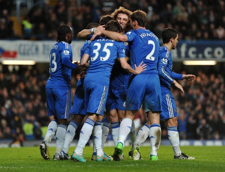 8905d056a6d79 Jogadores comemoram um dos gols da goleada deste domingo (Foto  Carl  Court AFP)
