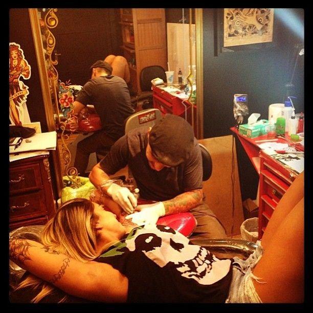 Dani Bolina faz nova tatuagem no braço esquerdo / Divulgação/Instagram