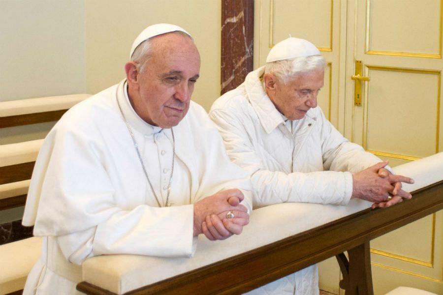 1º de Maio: Em dia Illuminati, Bento XVI deve voltar a morar no Vaticano