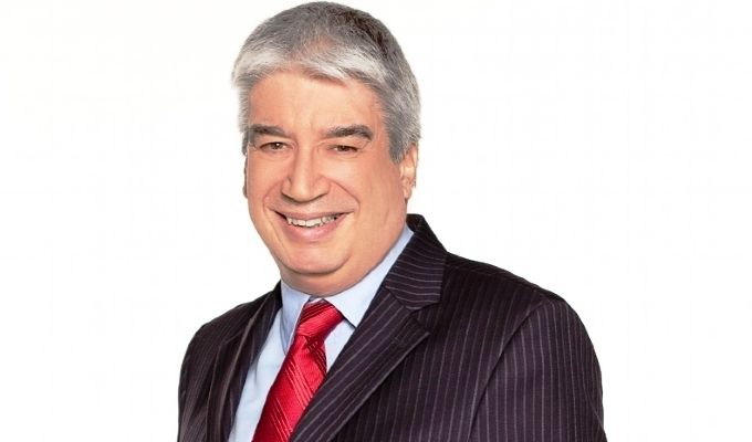 Agora é Tarde: Hoje 16/04/13- Danilo Gentili Recebe O