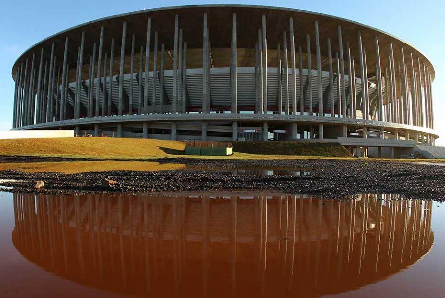 CBF estuda retorno do público aos estádios e planeja testes na Copa do Brasil