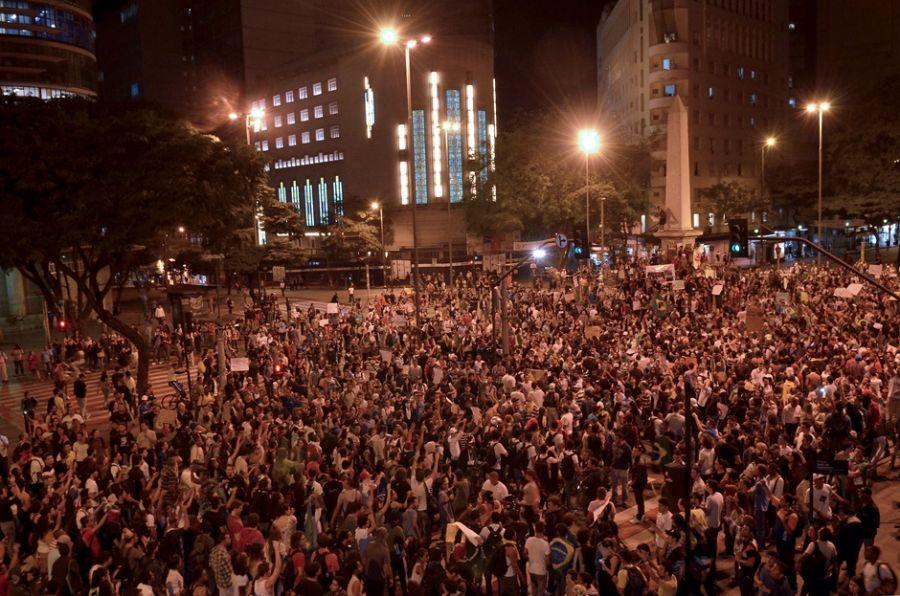 Belo Horizonte viveu mais um dia de protestos