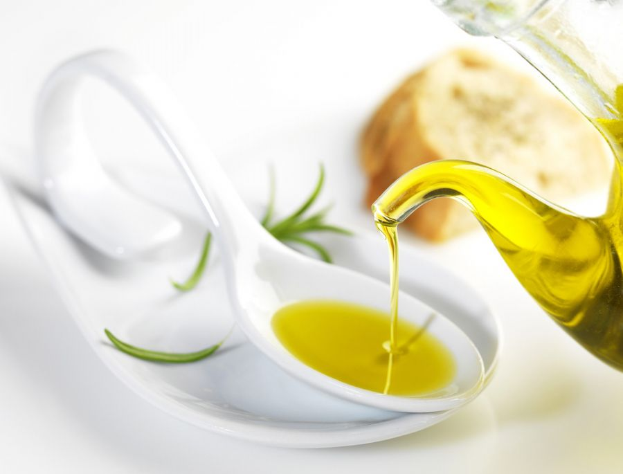 Azeite de oliva ajuda na saúde  / Shutterstock